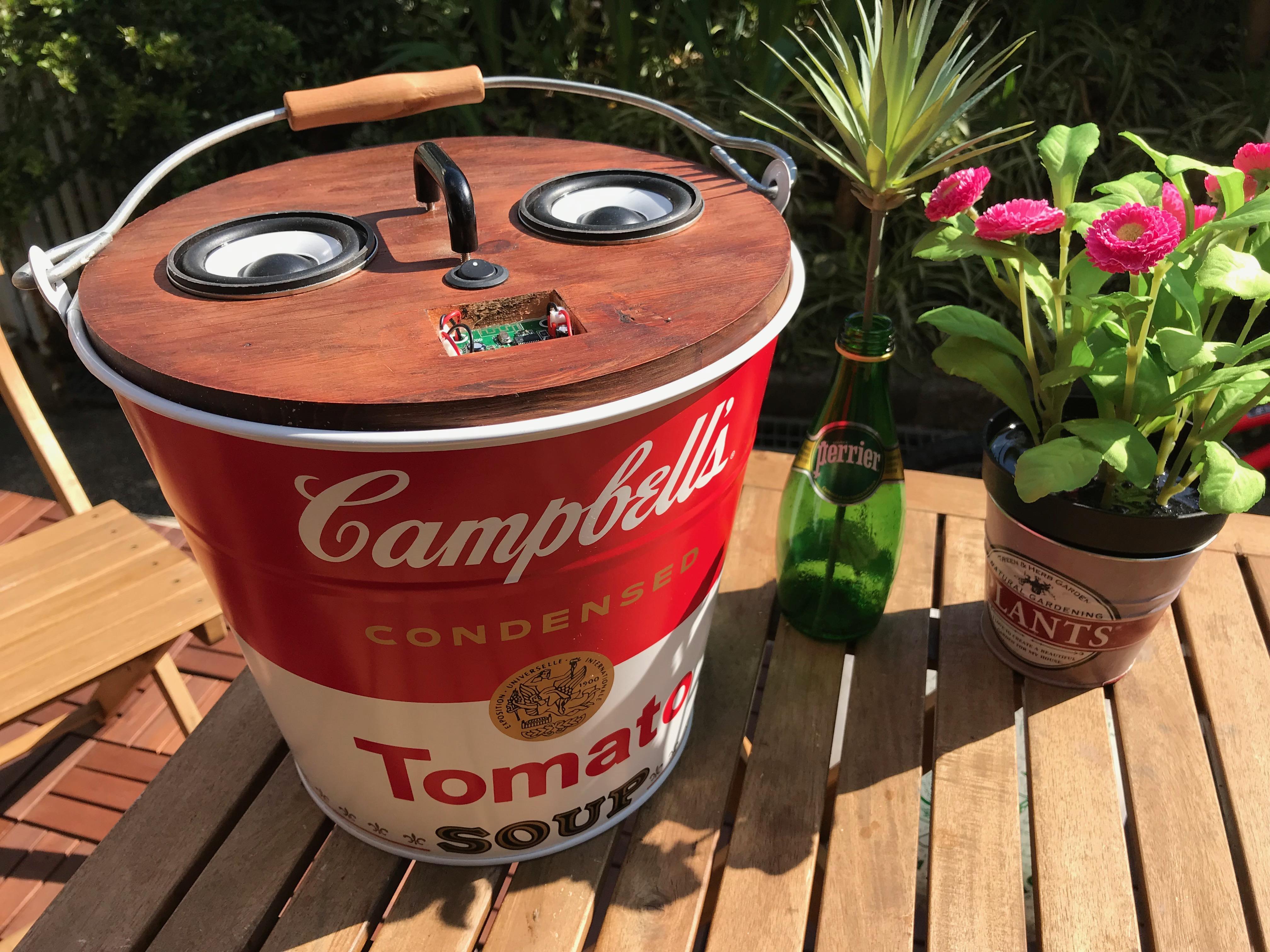 キャンベルバケツ型スピーカー『Humming Buckets』